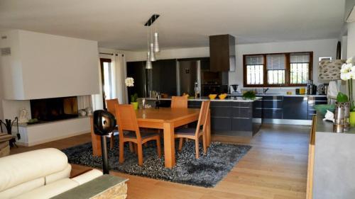 Maison d'hôtes A Sulana en Corse - la cheminée -