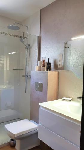 Maison d'hôte en Corse A Sulana chambre Nuciola vue de la salle de bain